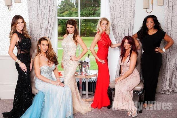 Dawn Ward, Ampika Pickston, Tanya Bardsley, Leanne Brown, Lauren Simon & Magali Gorré
