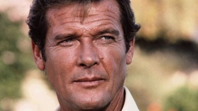 Roger Moore-md